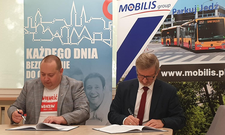 Mobilis wjeżdża do Wrocławia. Umowa z MPK Wrocław